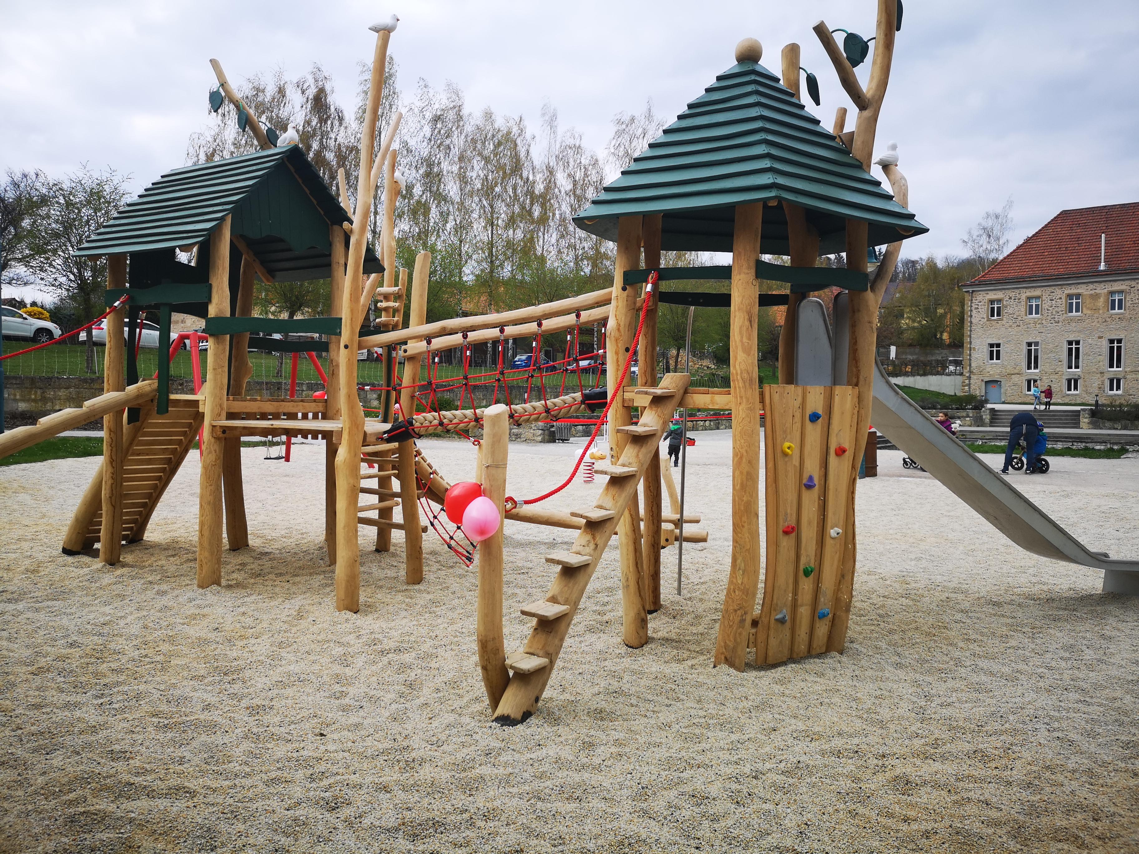 Neuer Spielplatz in Volkenroda (Quelle: RAG Unstrut-Hainich e.V.)