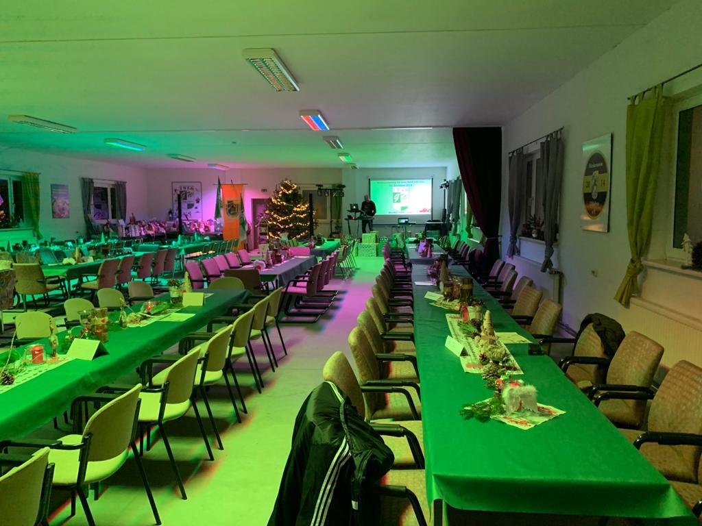 Weihnachtlich dekorierter Saal, Quelle: SV Grün-Weiß Uthleben e.V.
