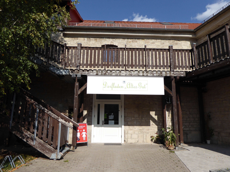Außenansicht des wiedereröffneten Dorfladens, Quelle: Bildungsverein Sondershausen e.V.