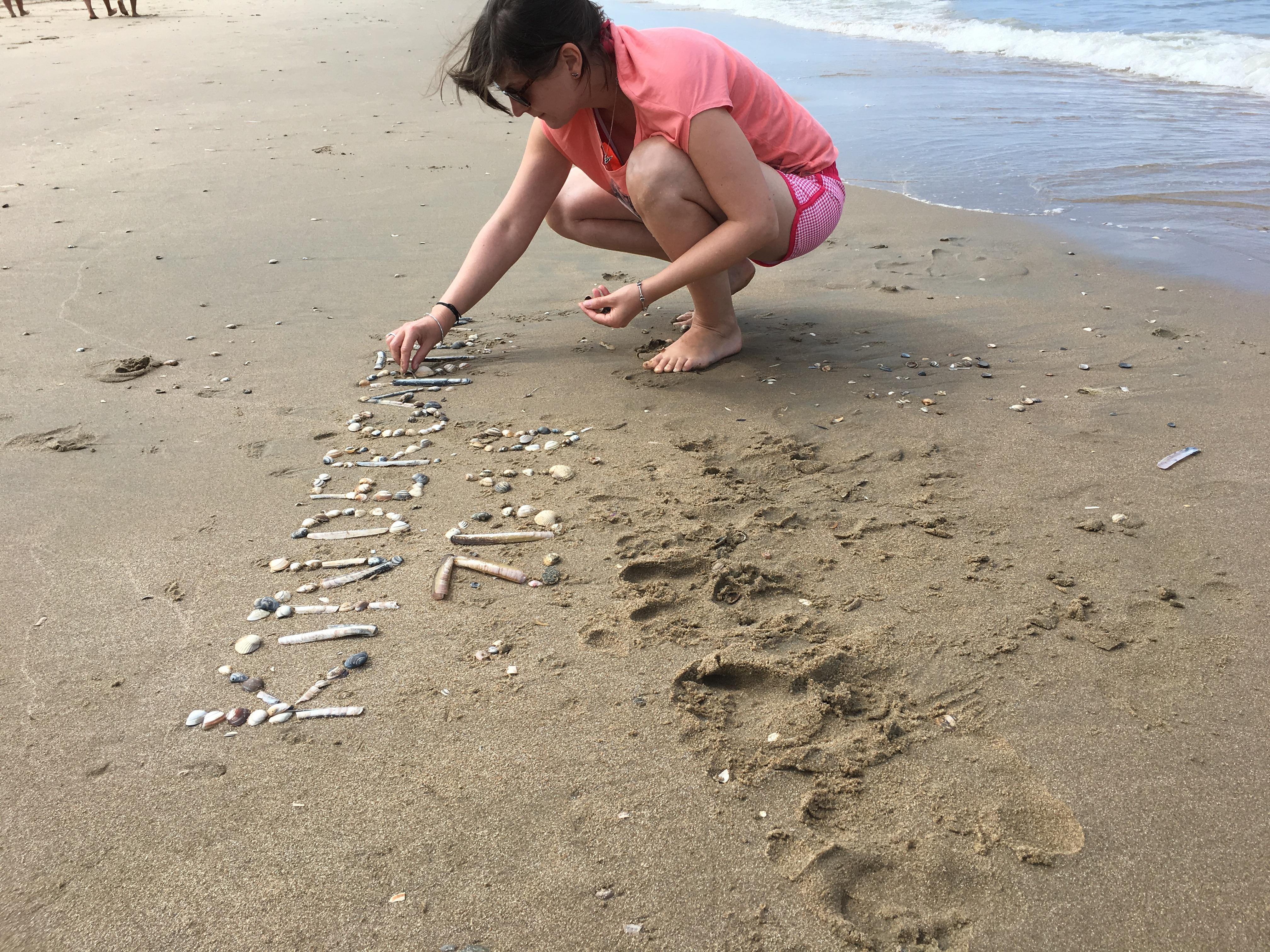 Die Welt spricht Kindergarten am Strand in den Niederlanden, Quelle: RAG Saalfeld-Rudolstadt