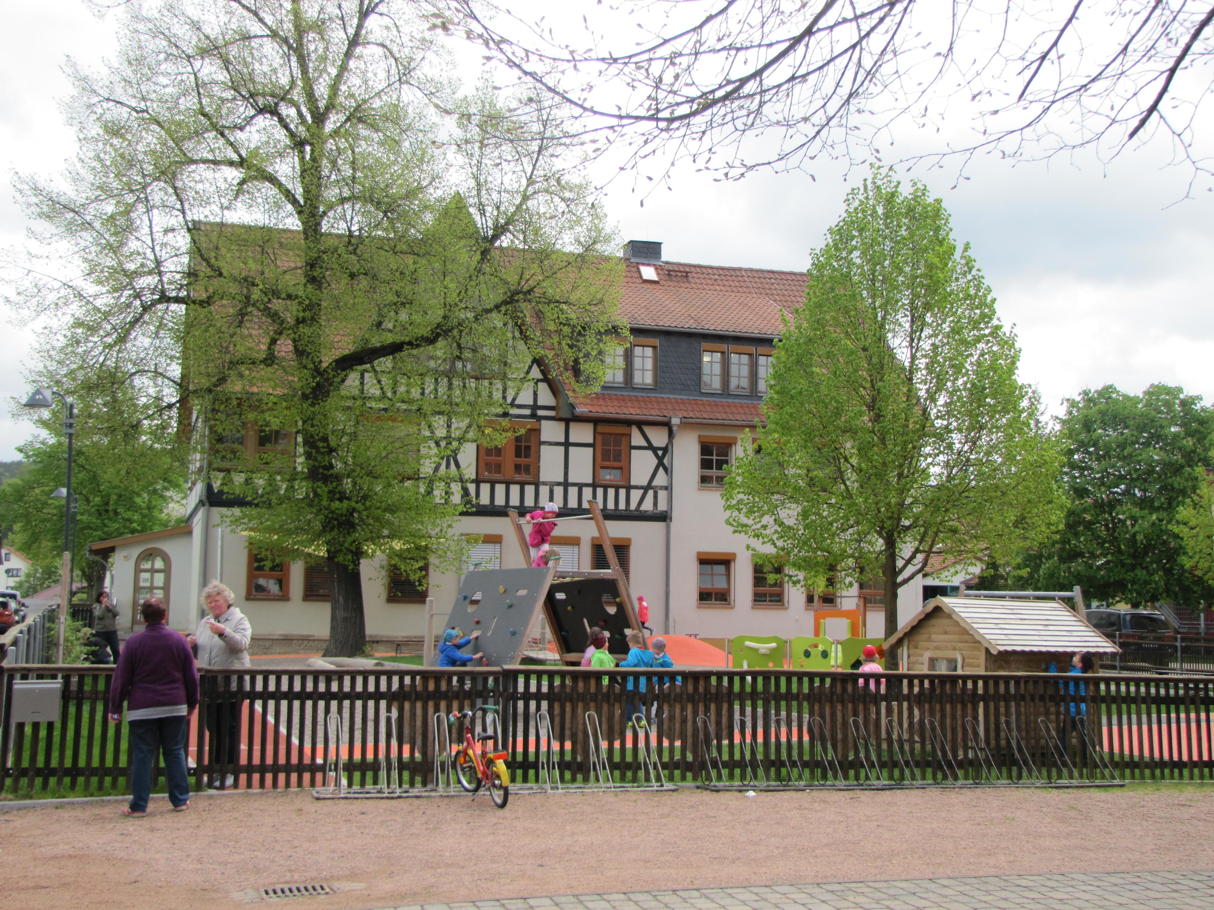 "Spielpaltz Energiefluss Fambach, Quelle: RAG ""Henneberger Land"" e.V."