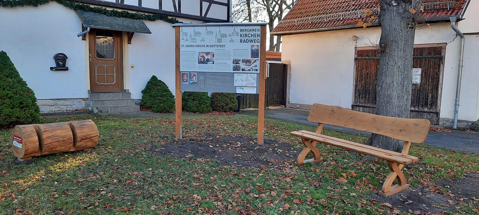 Neuer Rastplatz am Kirchenradweg in Gottstedt (Quelle: Thüringer Landgesellschaft mbH)