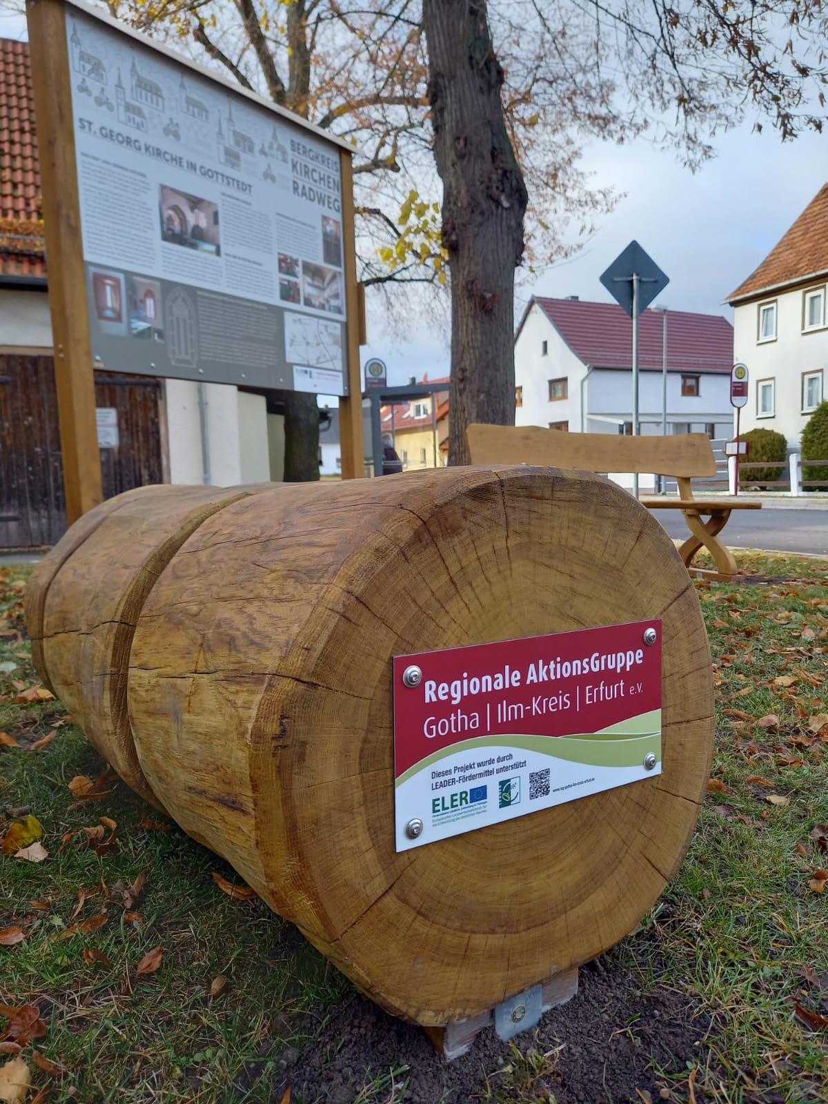 Fahrradständer mit Förderplakette, Quelle: Thüringer Landgesellschaft mbH